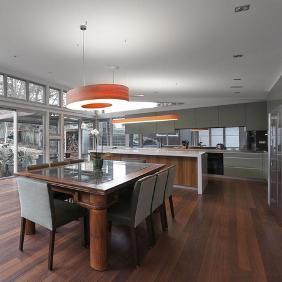 Gladesville New House von mit LZF Saturnia